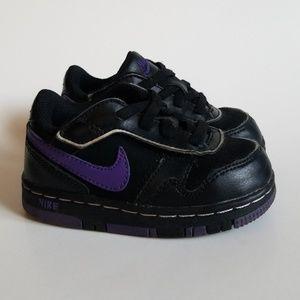 Nike Black & Purple Velcro Air Force 1 Sneakers 6C